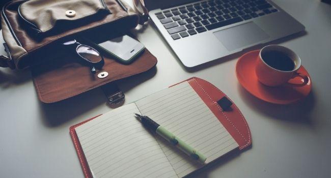Linhas Editoriais: Aprenda a Criar as suas e sempre saiba o que postar.